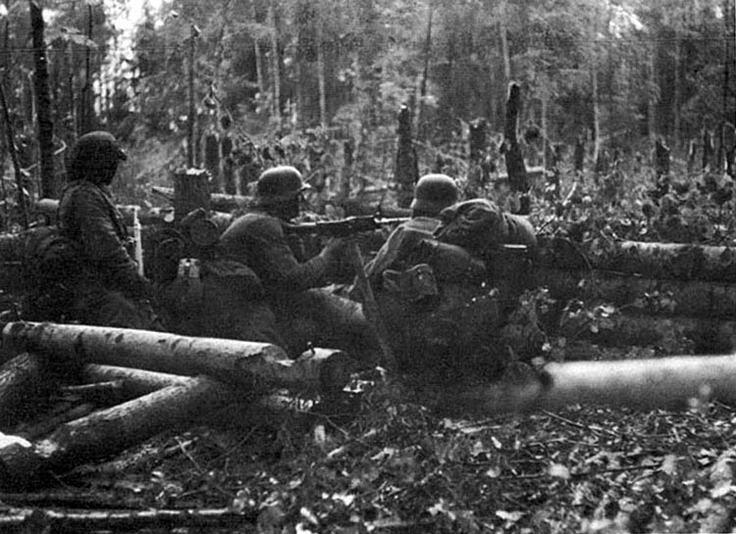Немецкая огневая точка. 1943 г.