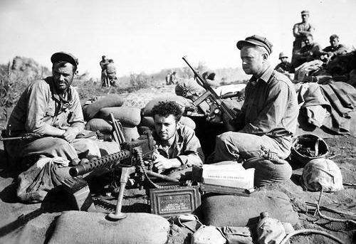 Огневая точка на Иводзиме. 13 марта 1945 г.