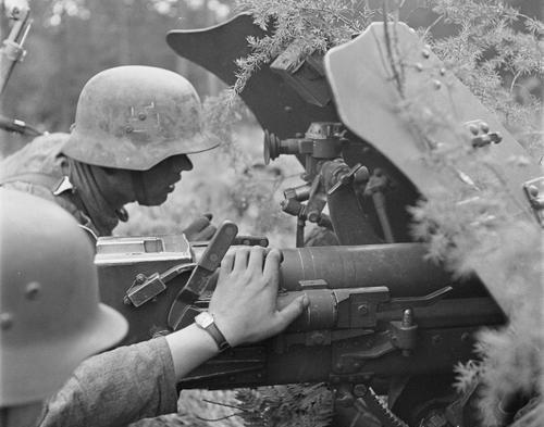 Противотанковая пушка финской армии. Ильми, 7 августа 1941 г.