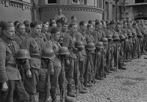 Финские войска в освобожденном Виипури. 31 августа 1941 г.