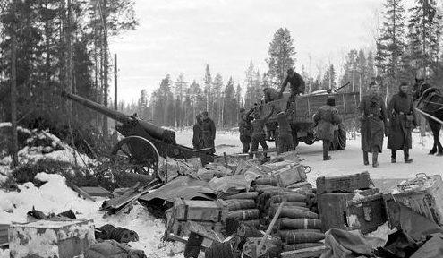 Захваченная советская техника у Кестенги. Карельский перешеек, август 1941 г.