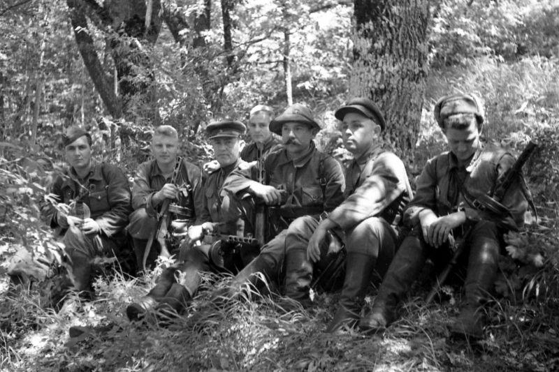 Крымские партизаны. 1943 г.