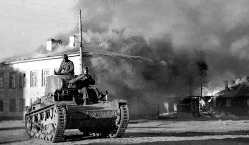 Финский Т-26Е в Петрозаводске. 1 октября 1941 г.