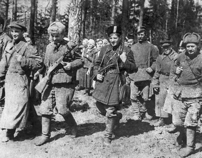 Партизаны отряда «Советская Молдавия» у села Окница Каменского района. Март 1944 г .