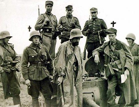 Огневая точка из советской танковой башни. Осень 1941 г.