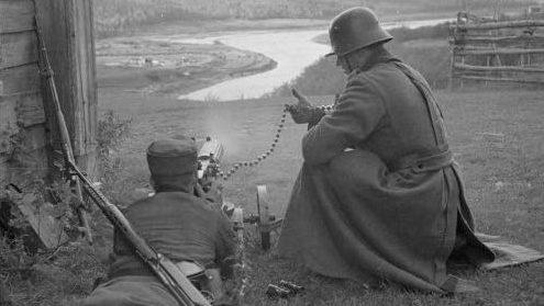 Финский пулеметный расчет близ Сювяри. 1941 г.