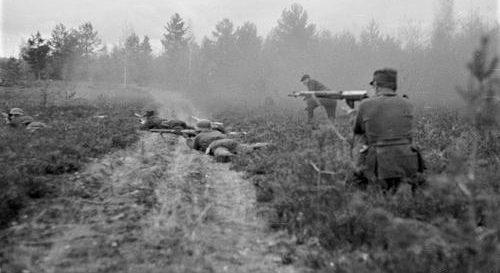 Перестрелка финской пехоты с частями Красной Армии. 1941 г.