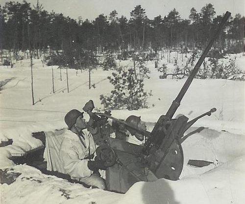 Позиция 20-мм зенитного орудия. 1941 г.