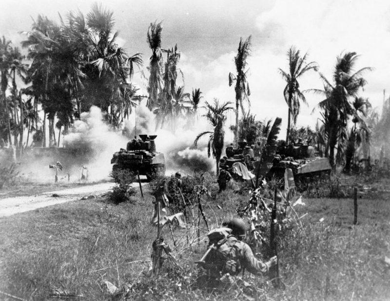 Американские войска на острове Панай.
