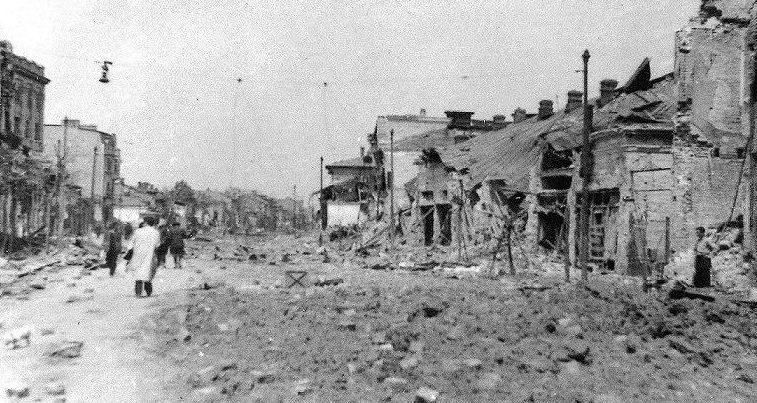 Последствия бомбардировок.