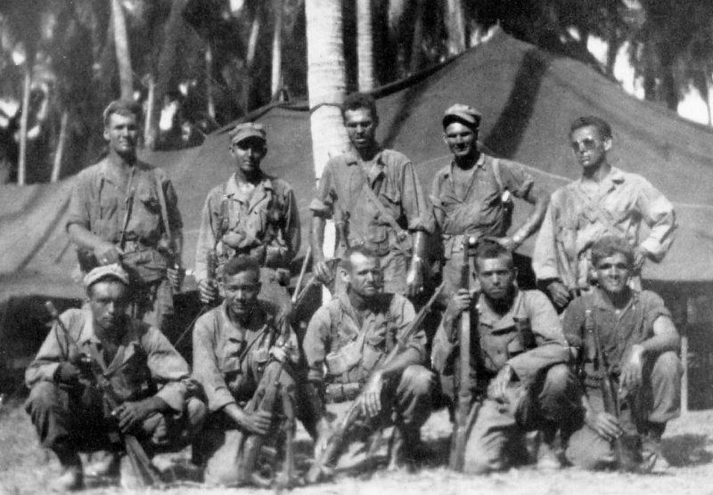 Американские разведчики после рейда.