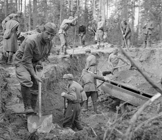 Советские военнопленные на работах. Финляндия, 1940 г.