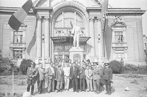 Городская управа. Июль 1941 г.