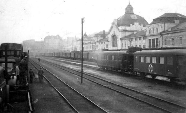 Румынские войска покидают город. Март 1944 г.