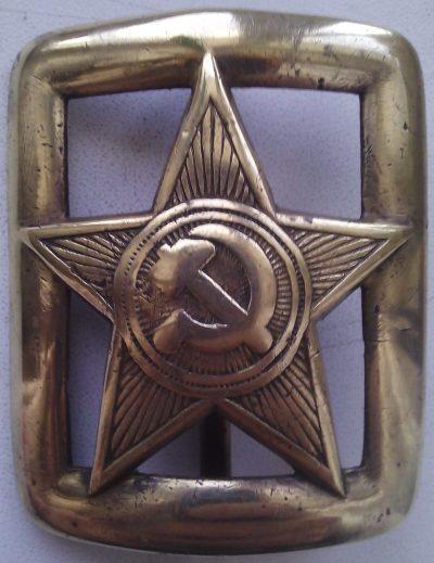 Пряжка офицера РККА с ремня образца 1935 года.