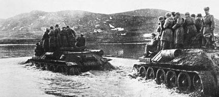 Переправа через Прут вблизи Черновцов. Март 1944 г.