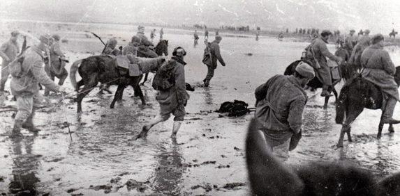 Переправа на подступах к Черновцам. 1944 г.