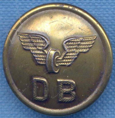 Пуговица немецкой железной дороги диаметром 24 мм.
