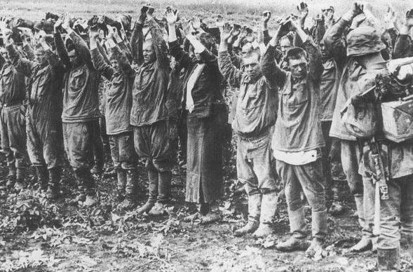 Пленение красноармейцев. Июнь 1941 г.