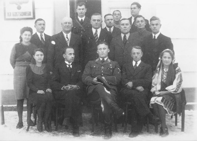 Оккупационная администрация в городе Дубно. Август 1942 г.