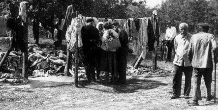 Городской базарчик. 1943 г.
