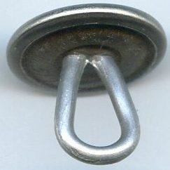 Пуговица для кожаной униформы СС диаметром 15 мм, изготовленная из мельхиора.
