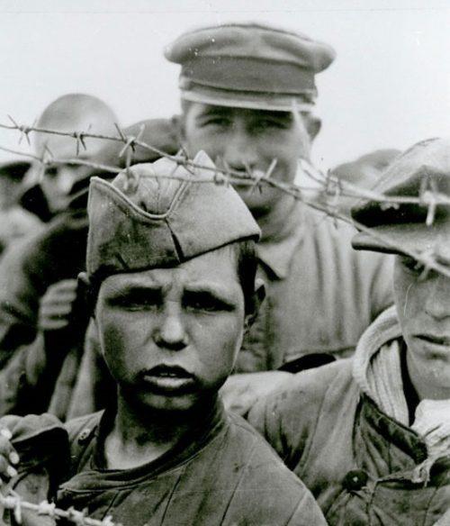 Лагерь военнопленных «Уманская яма». Август 1941 г.