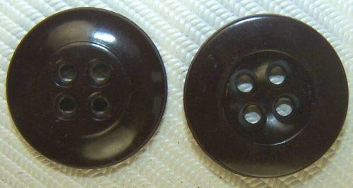 Пуговица коричневого цвета диаметром 17-мм для мундиров и штанов, а также головных уборов RAD, NSDAP, организации Тодта.