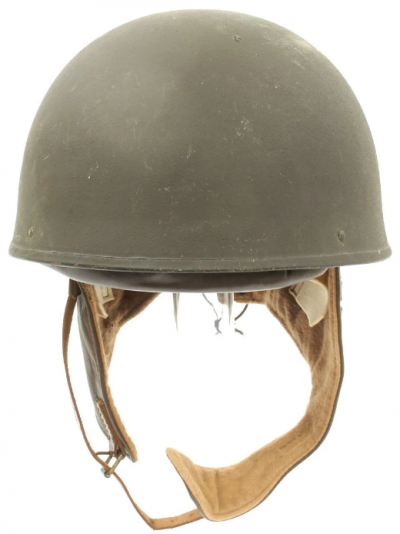 Шлем военного мотоциклиста.