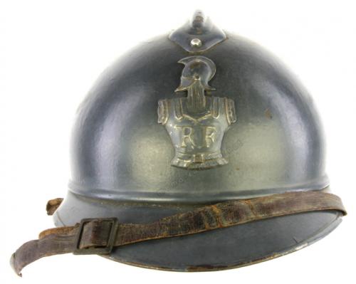 Французская пехотная каска Адриана М1915.
