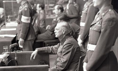 Фельдмаршал Кейтель на Нюрнбергском процессе рассказывает о директиве «Ночь и туман», выполнение которой обеспечило ему смертную казнь.