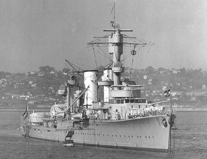 Лёгкий крейсер «Карлсруэ» в Сан-Диего, 1934 год.