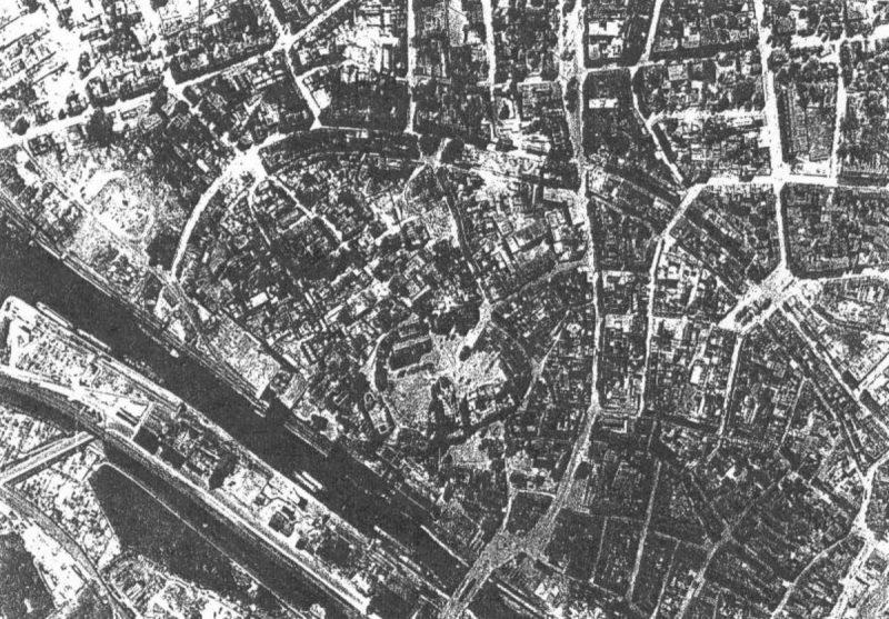 Разрушения в Дуйсбурге.