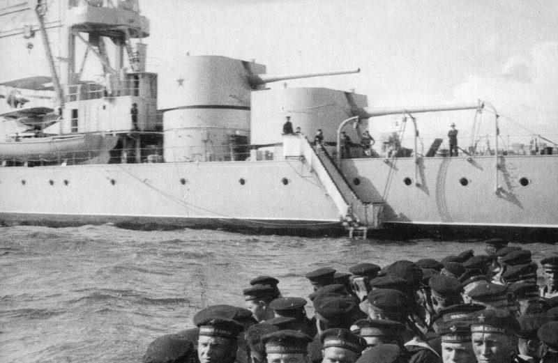 180-мм корабельные орудия Б-1-К на крейсере «Красный Кавказ».1939 г.