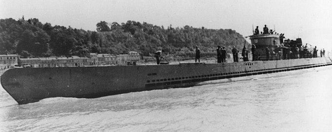 «Дойная корова» - подлодка снабжения XIV серии, которая могла нести 432 т топлива, 45 т провизии и 4 торпеды при дальности хода в 9300 миль.