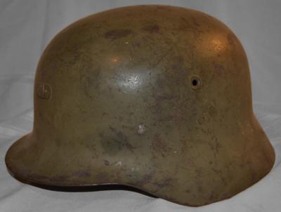 Стальная пехотная каска М42.