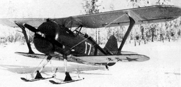 Истребитель И-15бис на лыжах. 1939 г.