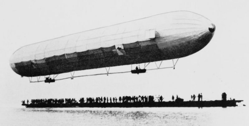 Испытание «Luftschiff Zeppelin 1». 1900 год.