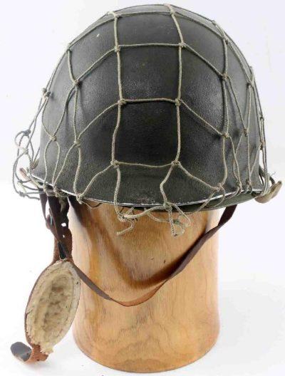 Каска парашютиста M1C.