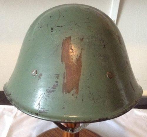 Стальной пехотный шлем М40.