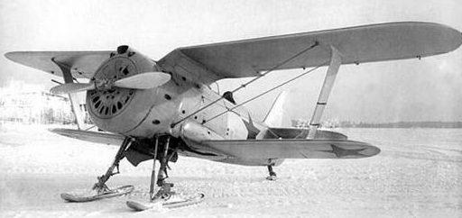 Истребитель И-153 на лыжах. 1940 г.
