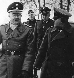 Генрих Гиммлер и Теодор Эйке.