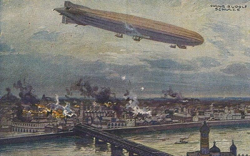 Немецкий дирижабль бомбит Варшаву. 1914 год, художник Ганс Рудольф Шульце.
