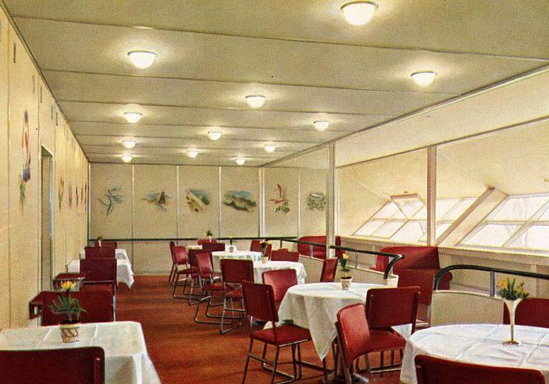 Ресторан на «Гинденбурге».
