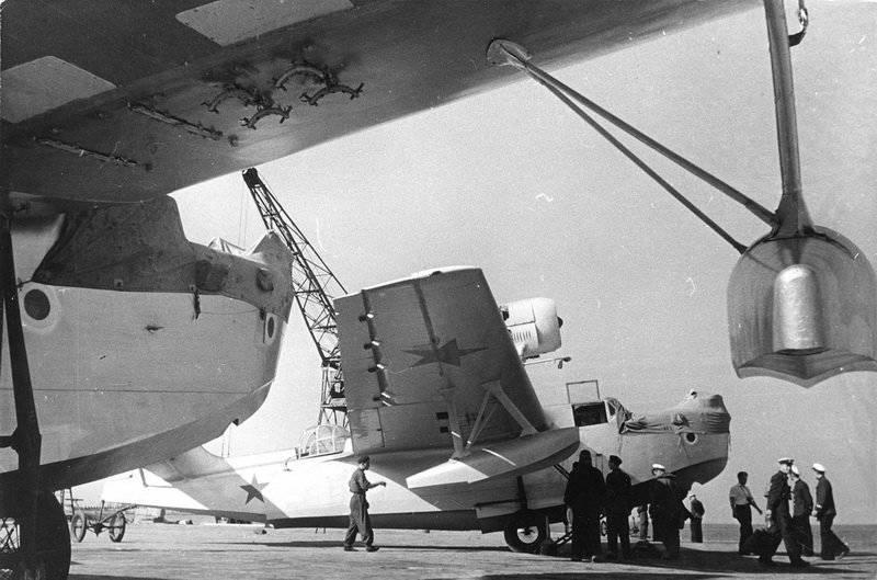 Гидросамолет МБР-2 (Морской Ближний Разведчик Второй) Черноморского флота. 1940 г.