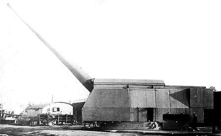 406-мм/50 пушка Б-37 в одноствольной полигонной установке МП-10 на Научно-испытательном морском артиллерийском полигоне (НИМАП), 1940 год.