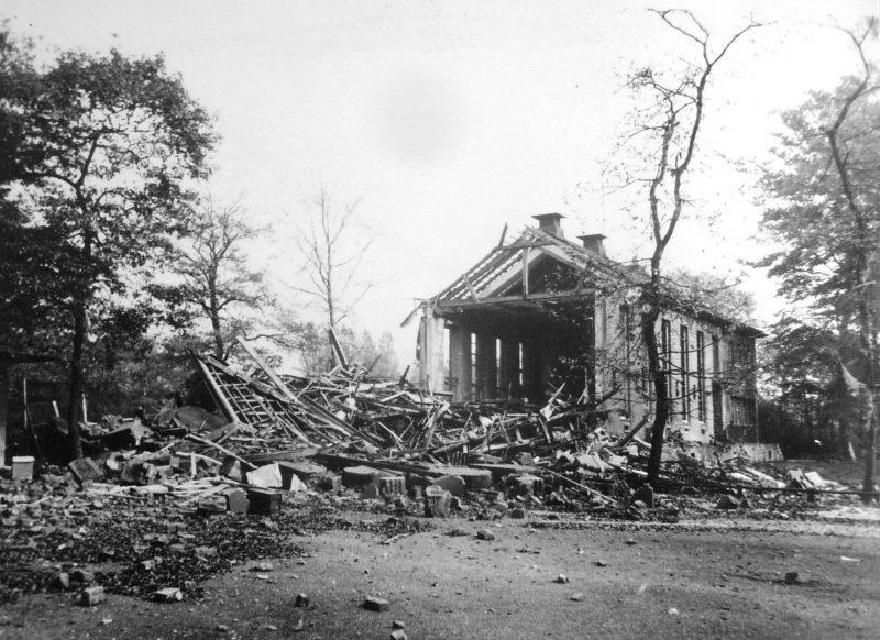 Разрушения в городе. 15 октября 1944 г.