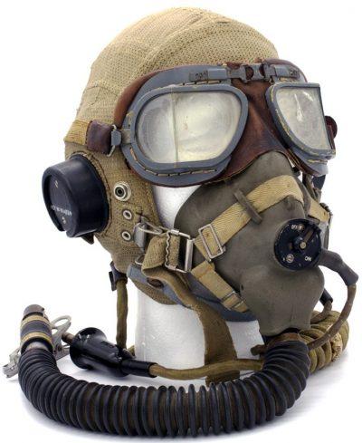 Летний шлемофон типа Е с кислородной маской, изготовленный из ткани «Airtex».