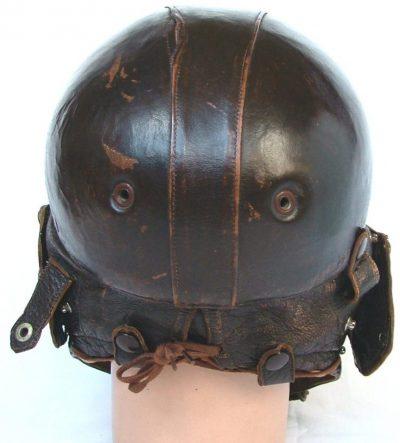 Кожаный летний шлемофон Type 15 образца 1945 года.