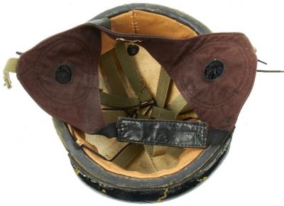 Кожаный шлемофон танкиста образца 1940 года.